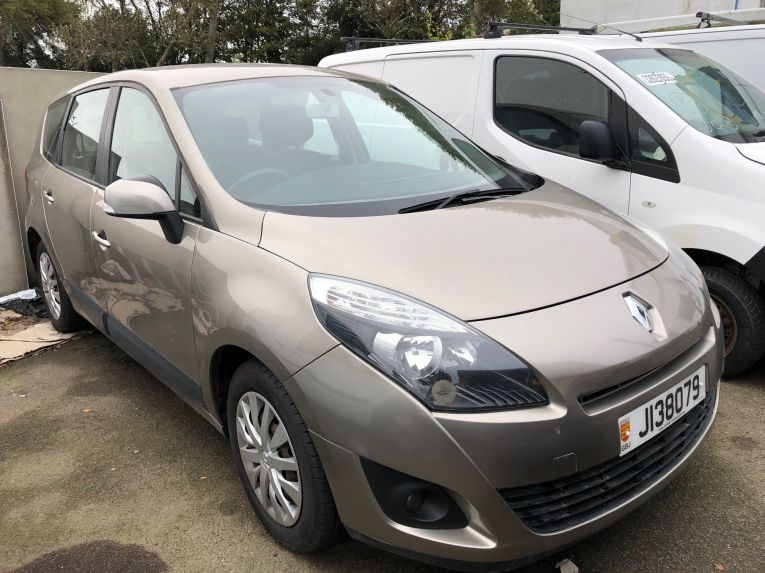 Renault Scenic Grande expression dci 7 seater